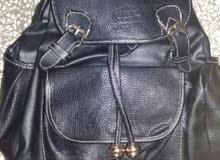 حقيبة للبيع