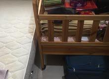 سرير أطفال كبير 5 دينار