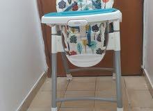 كرسي طعام Gracoو كرسي سيارة mother care و كرسي حمام و بوتي للبيع