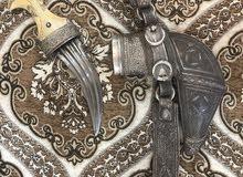 خنجر عمانية فضية ذات جودة عالية