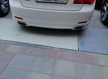 BMW 2009 ابيض
