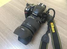 كاميرا نيكون دي 3200 بحالة الوكاله مع عدسات مميزه