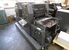 معدات مطبعة متوسطة الحجم