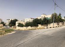 قطعة أرض سكنية 500 متر مربع، مرتفعة، اطلالة دائمة من المالك تصلح لفيلا