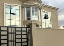 More rooms  Villa for sale in Sumail city Al Hawb