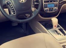 White Hyundai Santa Fe 2011 for sale
