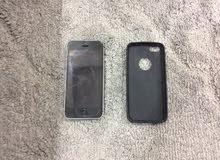 ايفون 5S مستعمل + غطاء اسود للهاتف