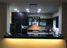 شقه للايجار ارقي فيلات التجمع شامل بالمطبخ والتكيفات