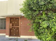 رقمي بيت في الداوودي قرب السفاره مساحه800 متر