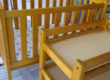 سرير بيبي قطعتين خشب زان امريكي فاخر اشي واو