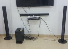 للبيع تلفاز وسماعات