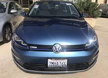 VW.golf Premium مدخلين شحن لون أزرق