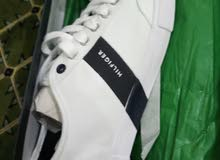 Tommy Hilfiger shoes 9us size