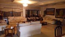 شقة طابقية 428م في ام السماق