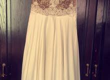 فستان سهرة بحالة ممتازة
