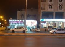 مبنى سكني تجاري للبيع او الاستثمار ( القوف)