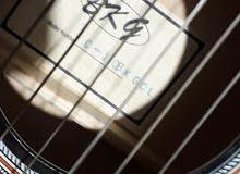 جيتار بحاله جيده جدا
