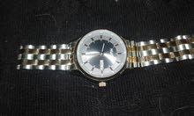 ساعة هوقو جديدةللبيع اسعارها بالمحلات فوق 1800 ريال هذي على السوم لانها جتني هدي