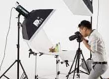 مطلوب موظف مختص بالتصوير الشخصي للعمل بالمكتب مع تكفلة بتجهيز االة التصوير وغيره