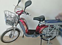 دراجة كهربائيه (تشحن بجارج )