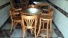 بنشات كفيه وحدائق حسب الطلب وطاولات وكراسي مطعم ومقهى