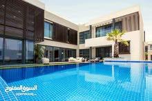 فيلا 4 غرف بمدينة الشيخ محمد بن راشد علي قناة دبي المائية