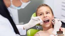مطلوب طبيب أو طبيبة أسنان