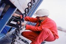مطلوب مهندسين كهرباء وميكانيكا واجهزة طبية وفنيين تكييف وجميع التخصصات