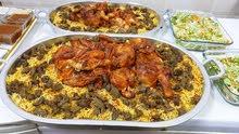 نوفر وجبات انواع البرياني والكبسات وعيش بالزعفران الاكل لذيذ جدا