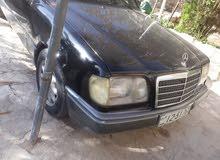 Gasoline Fuel/Power   Mercedes Benz E 200 1985