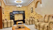 شقة أرضية فاخرة جدا للبيع ( مع فرش او بدون)  في أرقى مناطق الصويفية