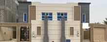 للبيع فيلا دبلكس مع مسبح ومؤسس لمصعد في الفيلا المساحة 300م