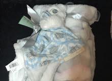بطانية طفل مع دمية