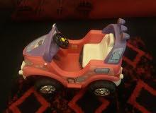 بيع سيارة اطفال لون وردي