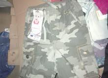 ملابس لبيع