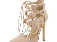 أحذية نسائية كعب بلونين