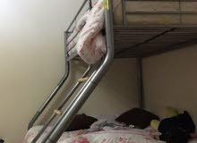 إطار السرير أطفال بدون اي كسور ونظيف