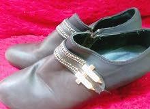 حذاء  نوعيه جيده القياس 41 السعر بي مجال