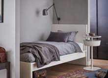 سرير مع الماترس بحاله ممتازه جدا