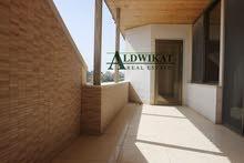 شقة مميزة طابق اخير مع روف للبيع في خلدا بمساحة بناء 420 م جديدة لم تسكن