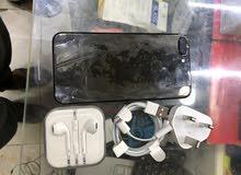 iphone 7 plus 256 gb black جديد من غير كرتونة بسبب الجمارك