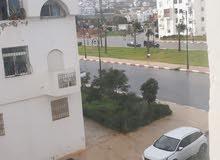 شقة بتطوان قرب مرجان مجمع الضحى على الشارع الاول الذي ينظر لمرجان