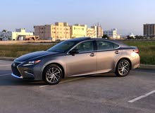 Lexus ES 2017 For sale - Grey color