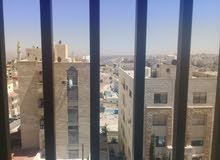 شقة في ابو علندا خلف الكارفور موقع مميز وقريب على السوق