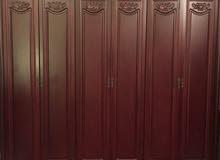 خزانة بحالة جيدة جدا 6 أبواب