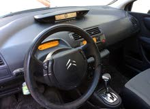 in excellent condition Citroen C4 car for sale 2009 in Amman city