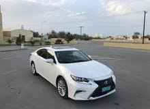 White Lexus ES 2016 for sale