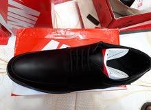 أحذية جلدية كلاسيكية