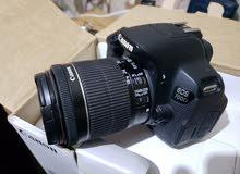 Canon 700D بكرتونها