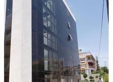 مكاتب وعيادات للايجار الشميساني 42م من المالك